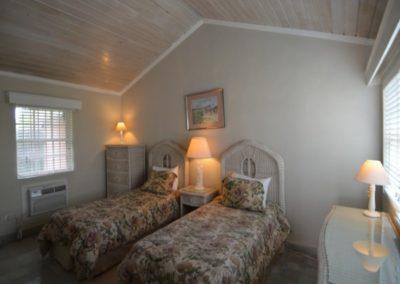 galleryimage10-villa-greenland-cable-beach1497623256