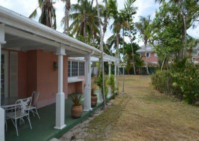 galleryimage4-villa-greenland-cable-beach1497623255