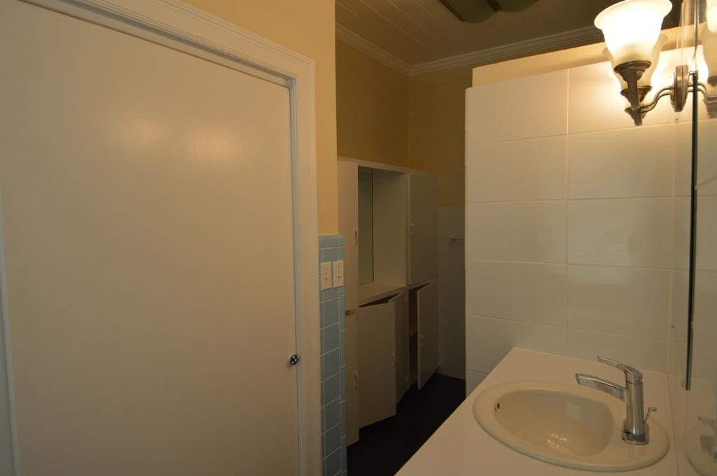 Copy of bathroom 2b